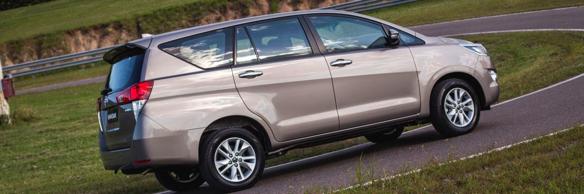Lanzamiento: Toyota Innova. Una minivan amplia y elegante