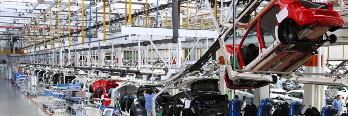 El gobierno reduce aranceles a la importación de autopartes