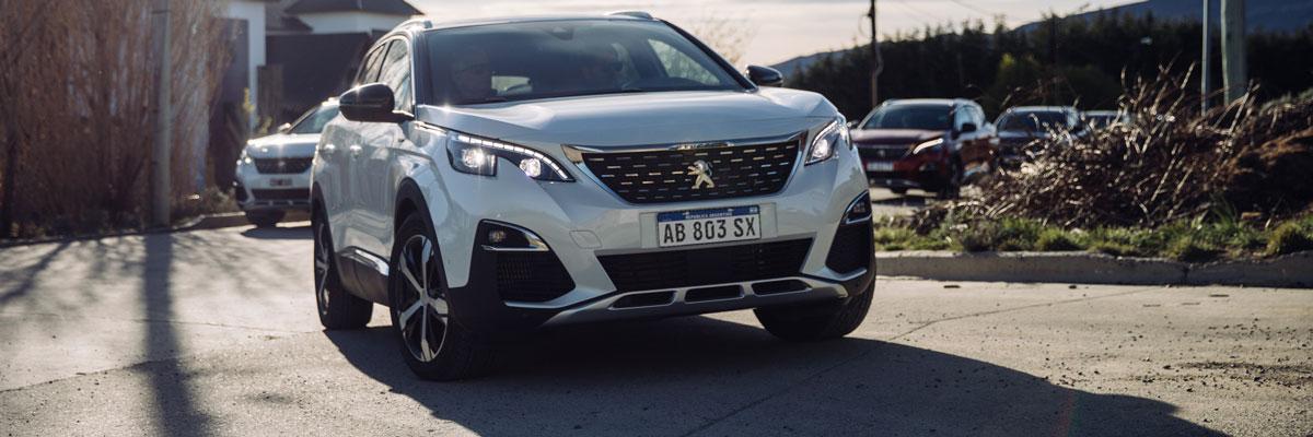 Se renueva la gama Peugeot 3008. Más equipamiento para este SUV de lujo.