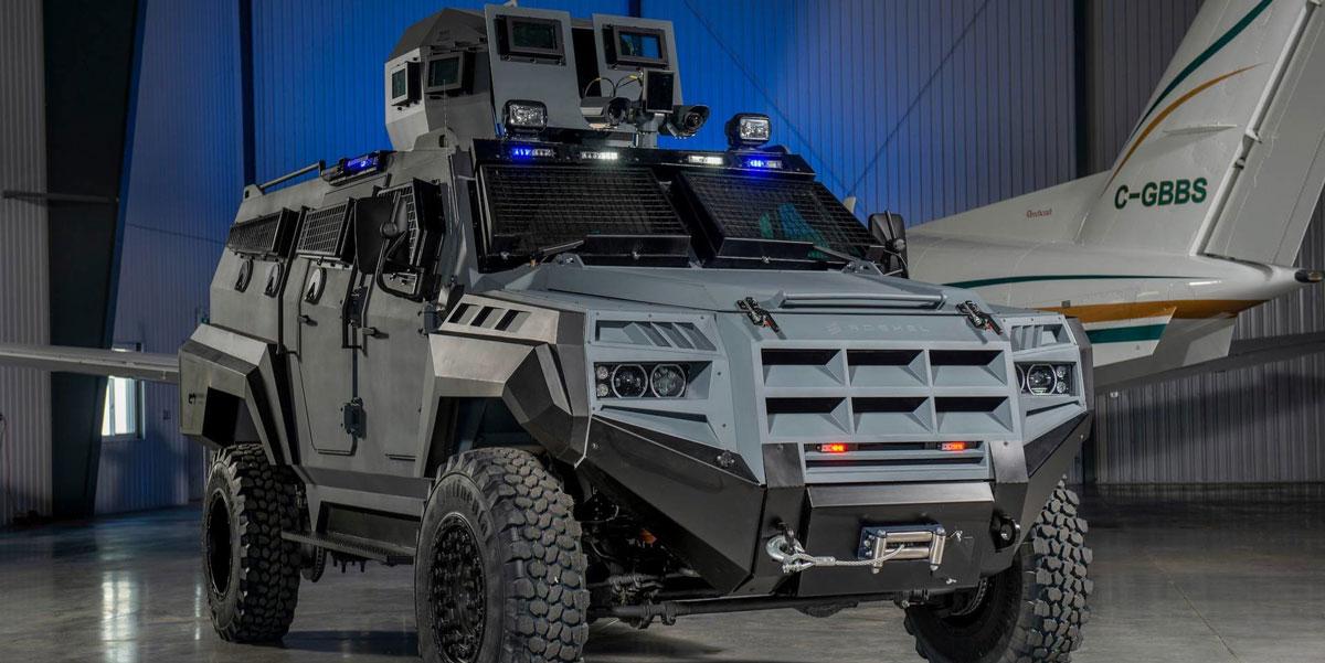 Un bestial vehículo blindado