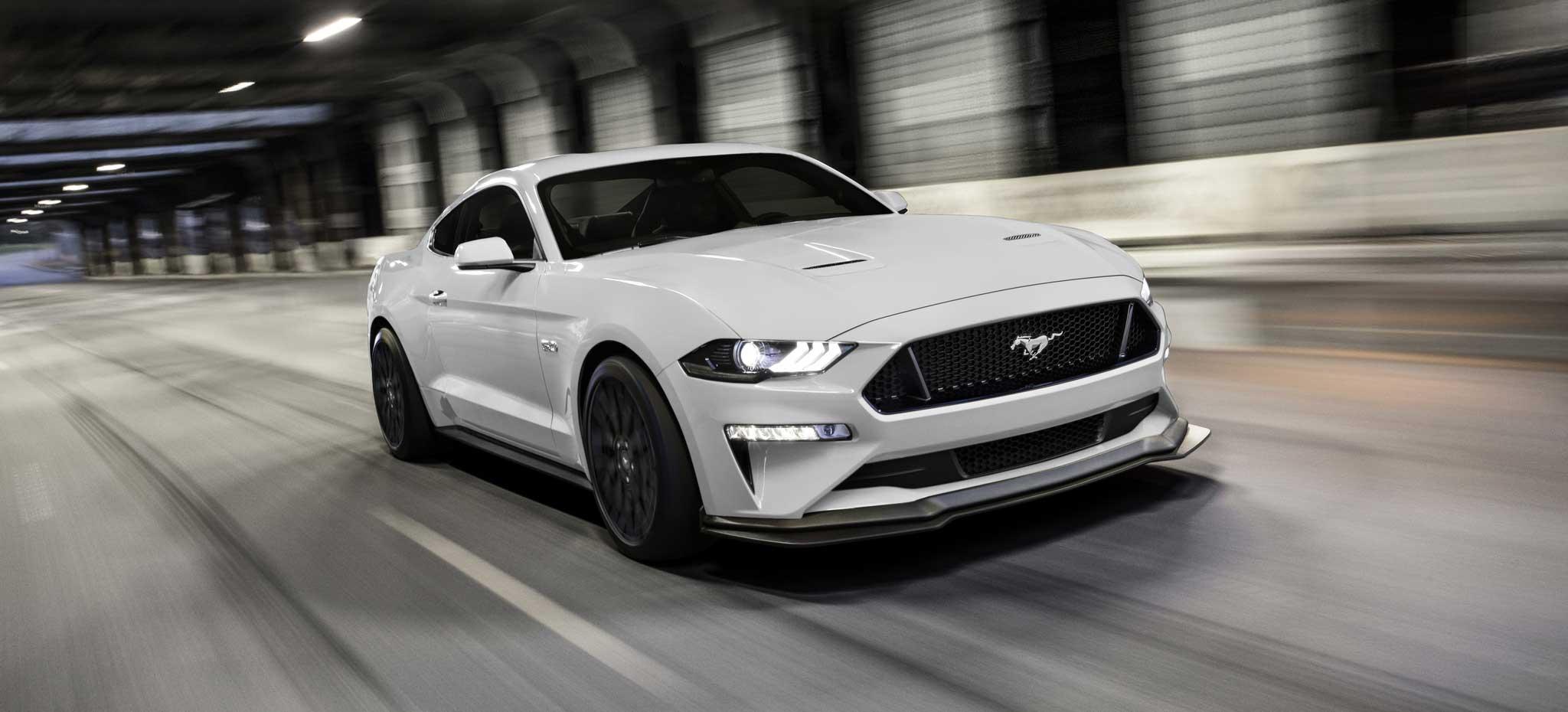 Ford presentó el nuevo pony car