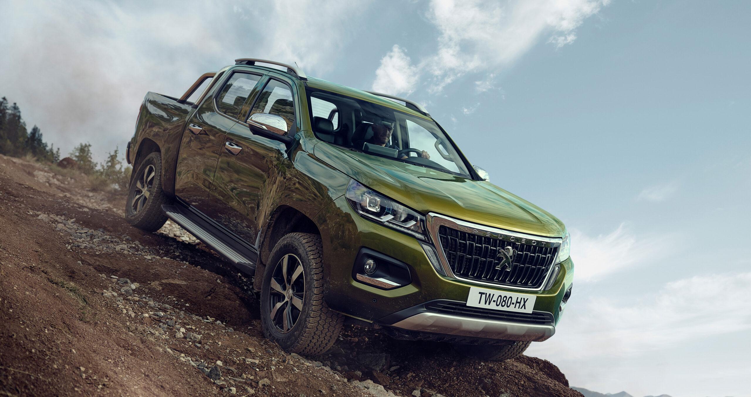 Peugeot presentó a la pick up Landtrek